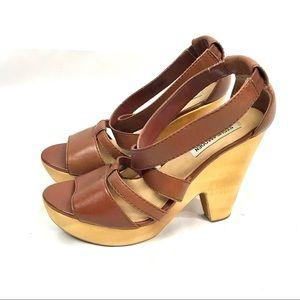 Steve Madden leather wooden heel sandal